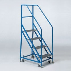 Heavy Duty 2 - 4 Safety Steps